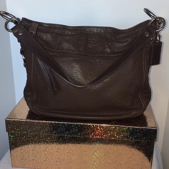 44e39b4c0e Coach Bags | Zoe Brown Leather Shoulder Bag F1082f14707 | Poshmark